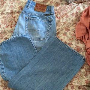 Lucky Brand Jeans Short inseam straight leg 32x30
